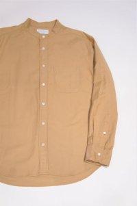 MANUAL ALPHABET SUPIMA PREMIUM OX BASIC BAND COLLAR SHIRT / Bulging Fit(BEIGE)